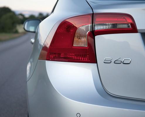 Volvo Lakatos javítás fényezés